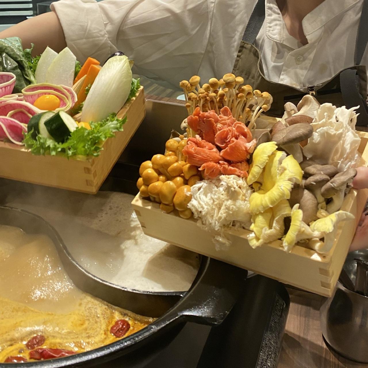 六本木 香火鍋 新天地>